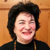 Suzanne-G Chartrand